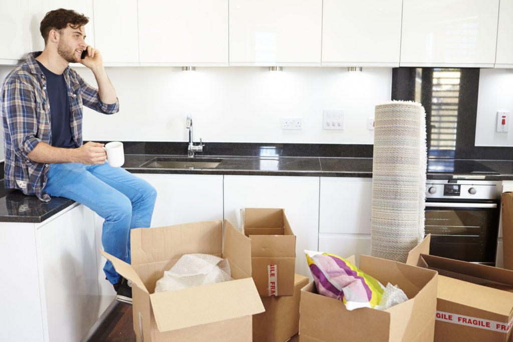 Long Distance Movers and Local Movers - 9 Ways to Save!
