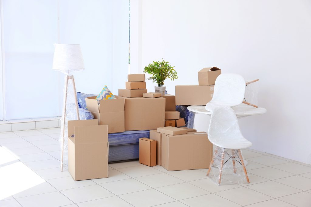 Want Hassle-Free Moving? Find the Right Removals and Storage Company