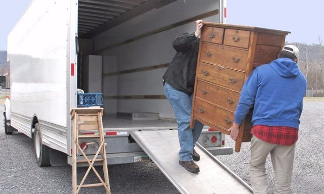 Questions You Should Ask Yourself before Getting a Flat Rate for Moving